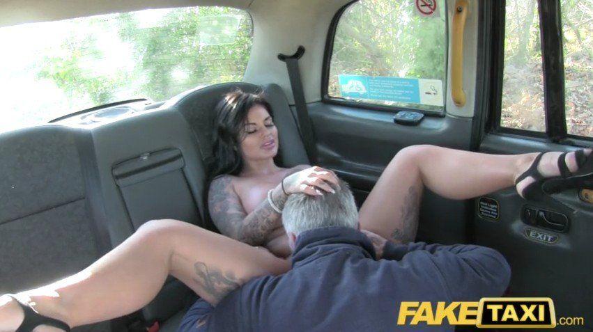 Free Porno Fake Taxi