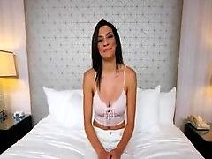 Robin H. recommendet Michelle Squirts (HUUU) Casting