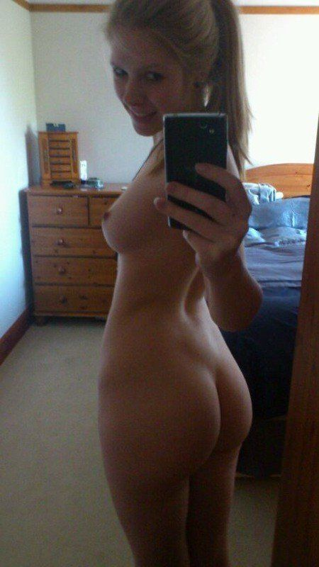 Teen cell phone nudes