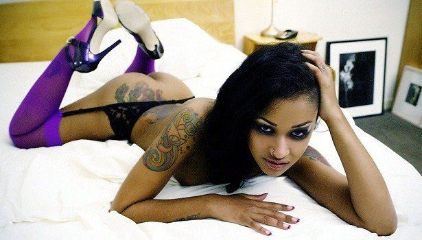 Raptor reccomend tattoo heart finger