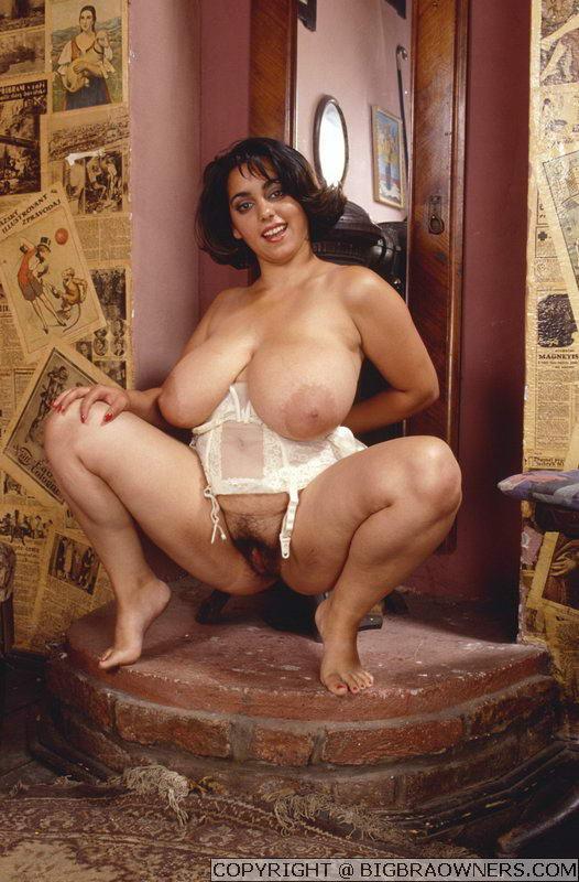 Big Titten Porn