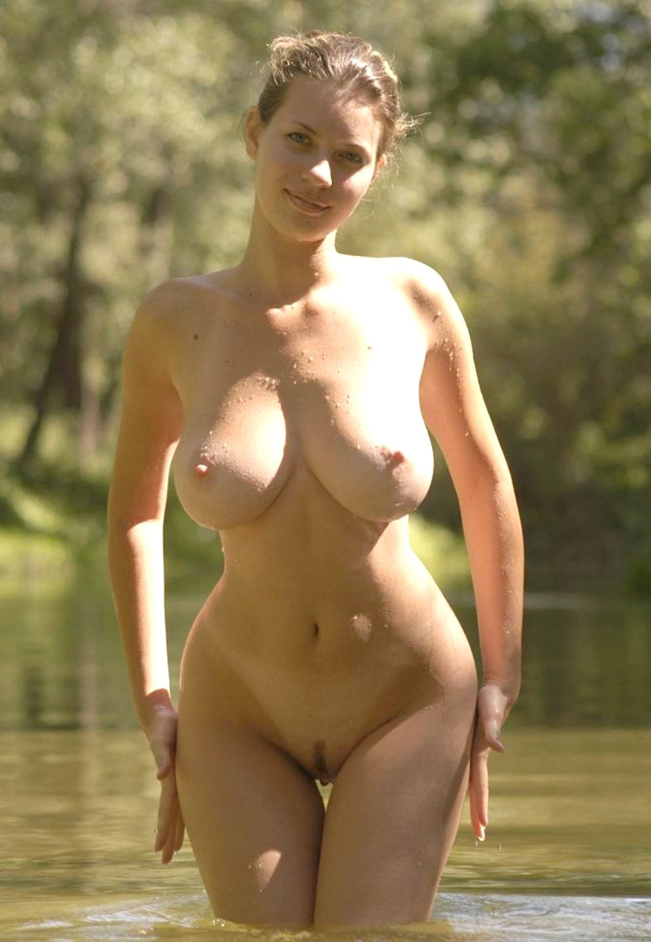 Wide hips small chest milf nude Porno top rated image FREE.