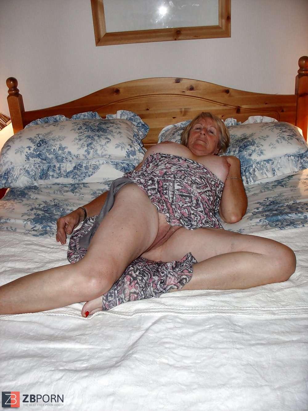 Just Granny Upskirts - Just Granny Upskirt   Niche Top Mature