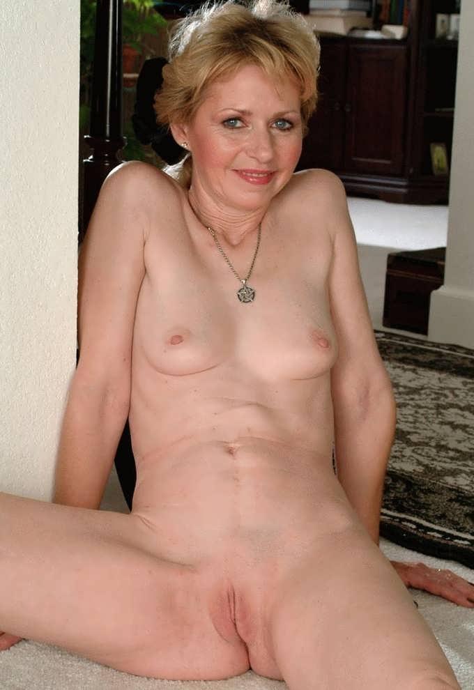 Hot babes porn thumbnail view hot naked pics