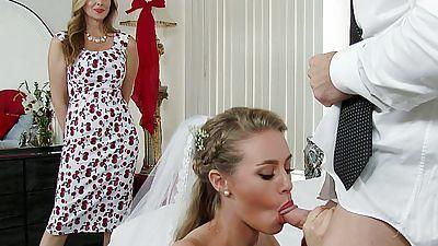 Champagne reccomend hd bride