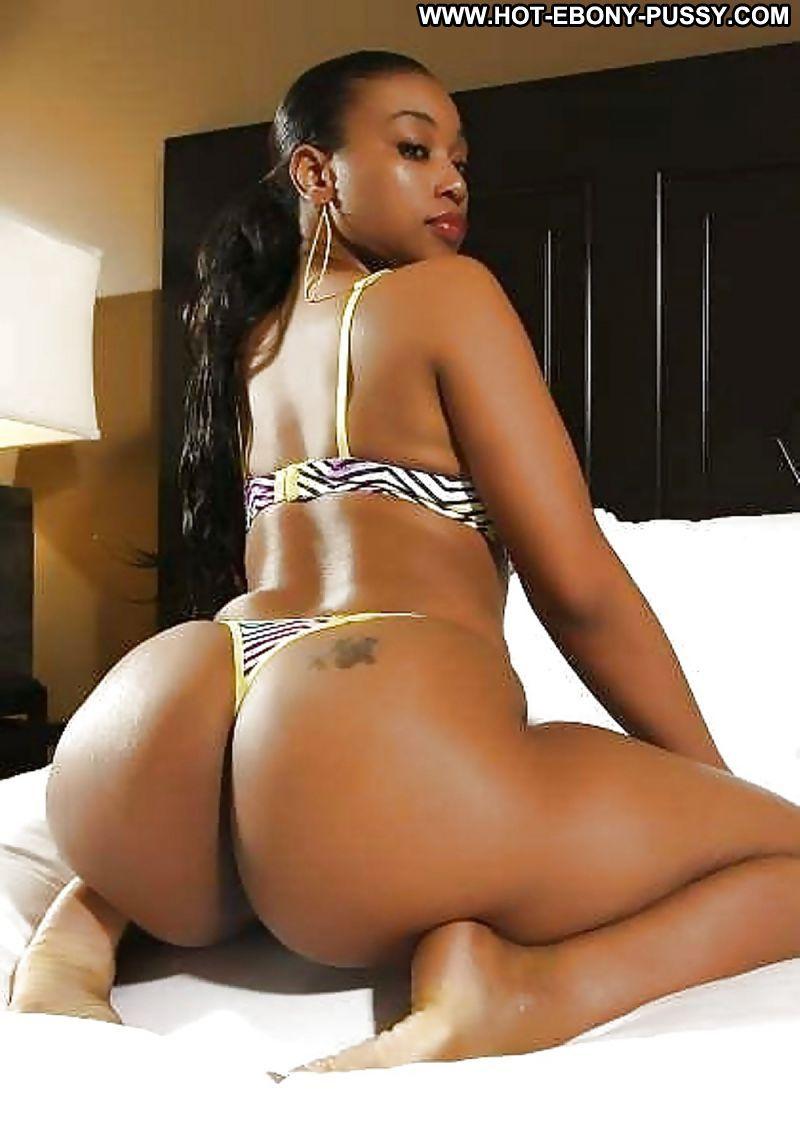 Havana Brown  nackt