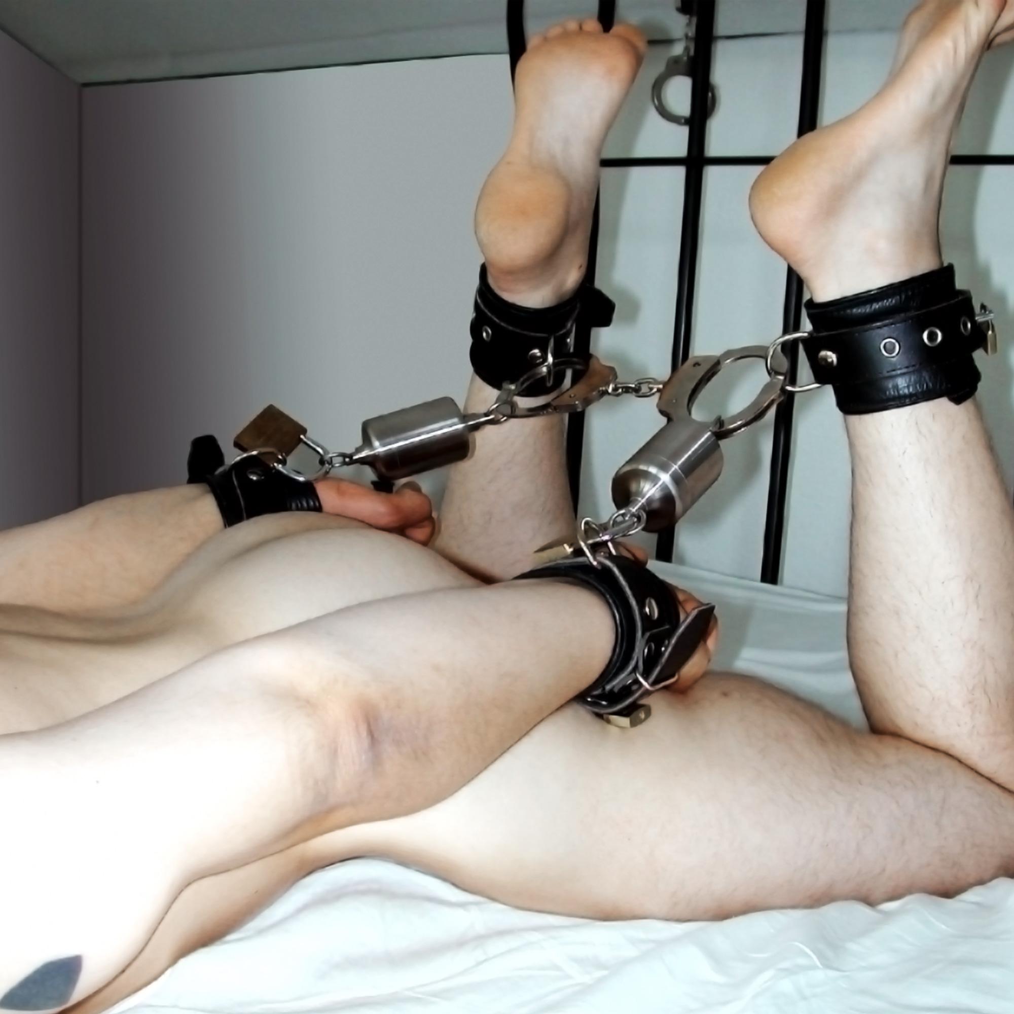 Self penis bondage