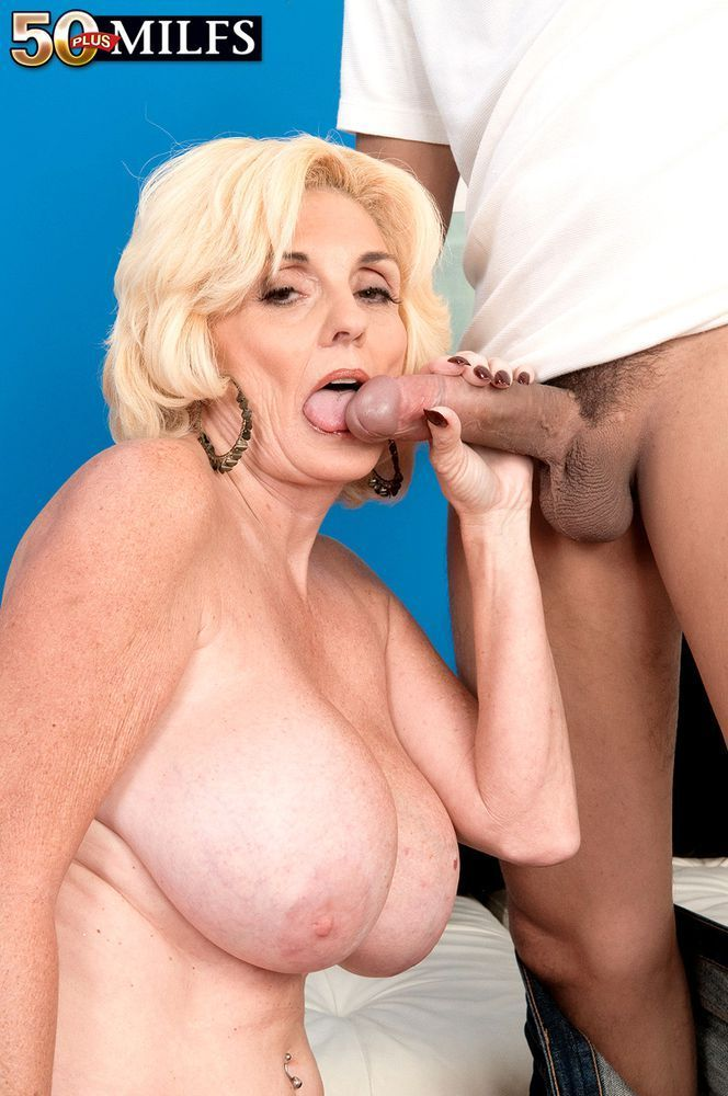 Old woman giving blow job porno photo