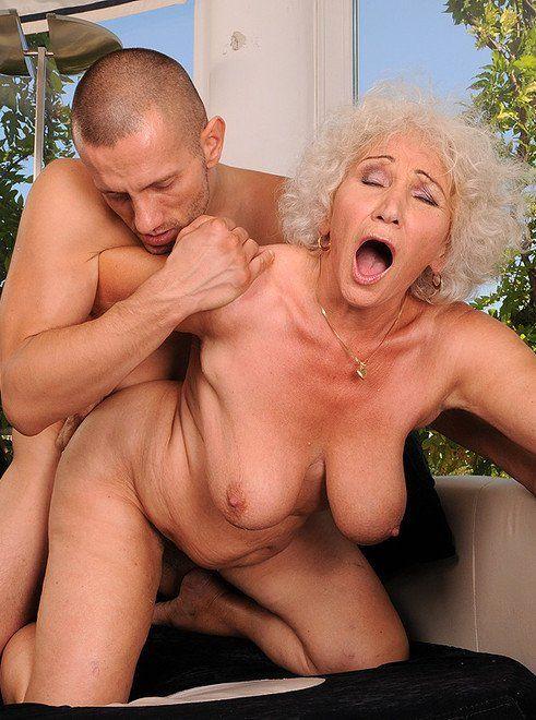 Janet jackson nude free pics