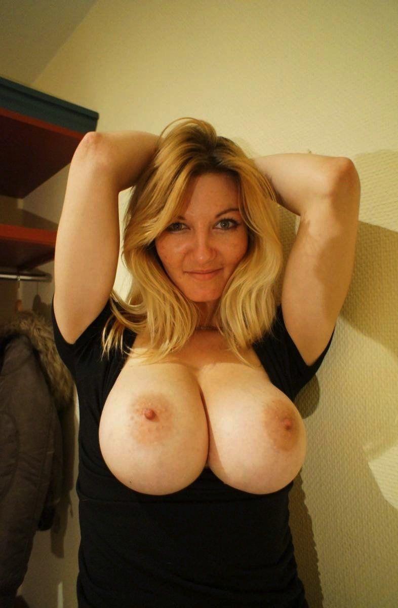 Big tits mother