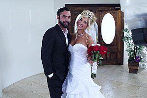 Cougar wedding