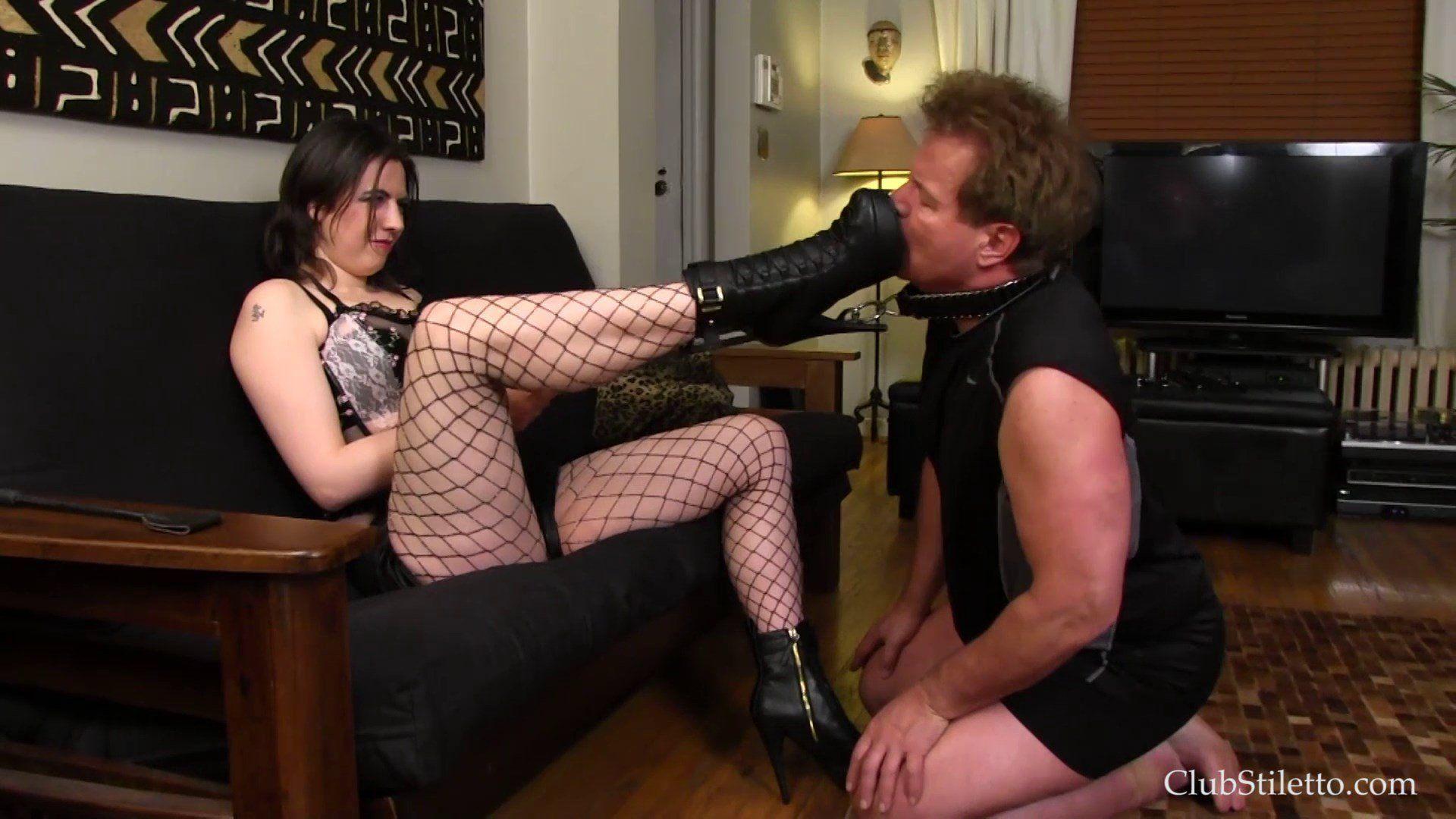 Father fucks daughter porno