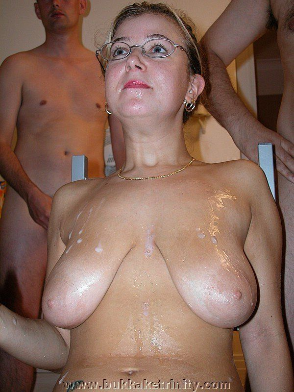 Hot girls in missionary position free clips