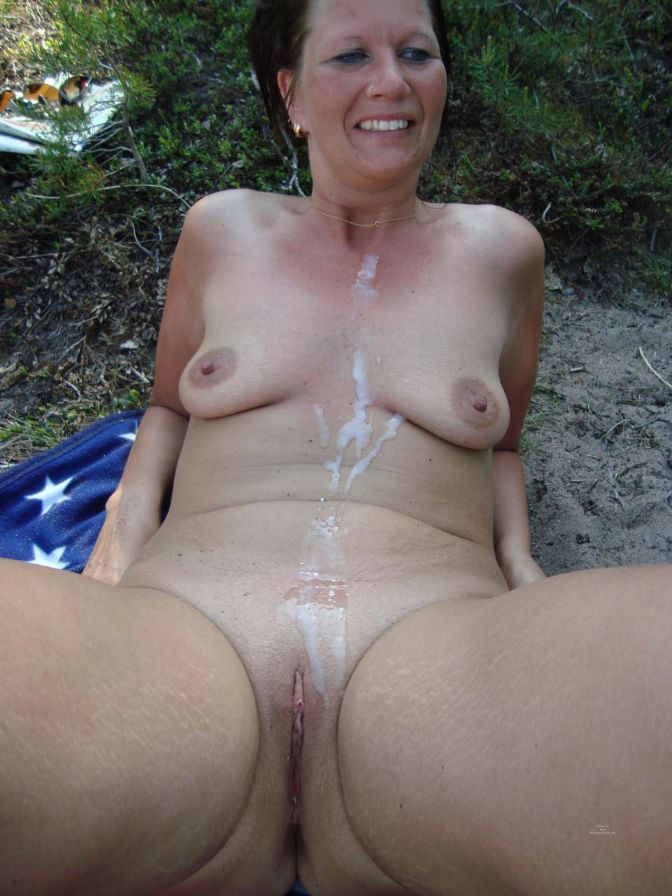 Milf outdoor hairy situation