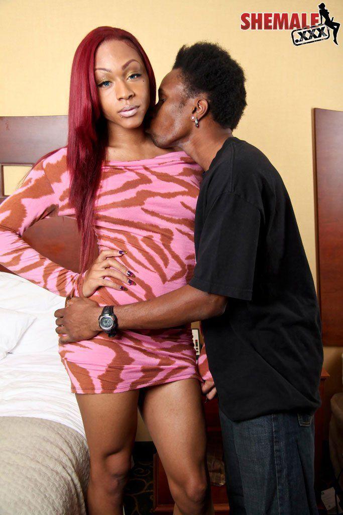 Ebony shemale dating