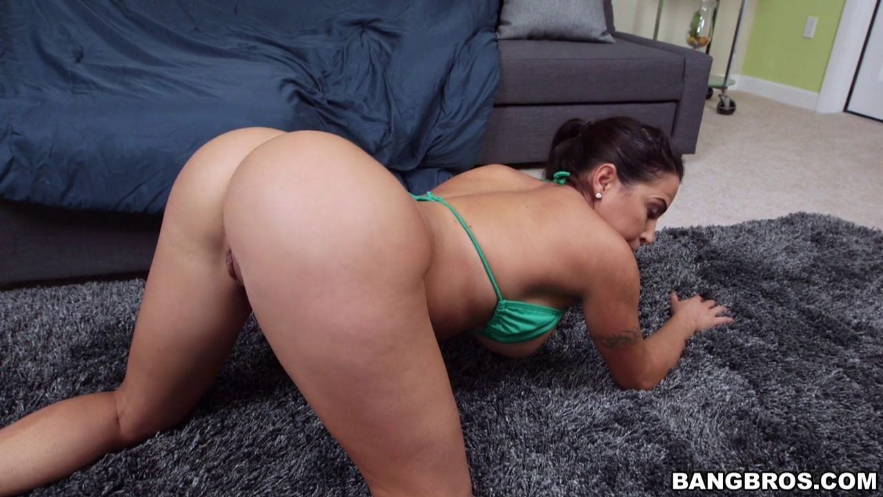 juliana vega ass sexy top images free