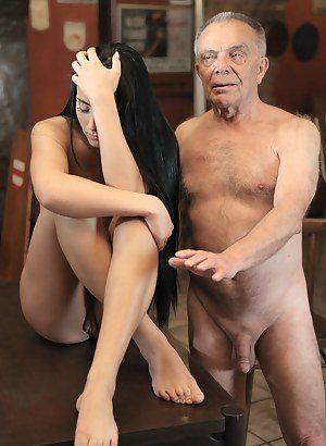 Nackt old granpa Schwul opa